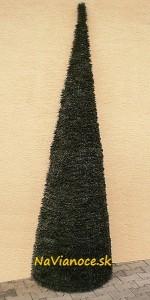 polovičné umelé vianočné stromčeky
