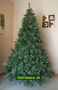 vianočný stromček z mäkkého moderného trojrozmerného ihličia