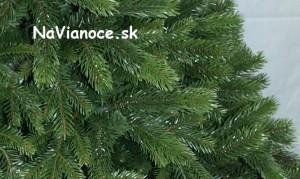 umelý vianočný stromček 3d