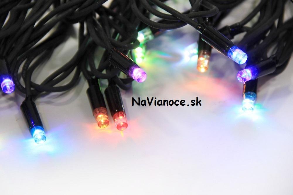 vonkajšie vianočné osvetlenie na Vianoce