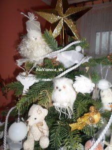 špic vianočného stromčeka na Vianoce