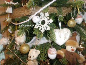 ako ozdobiť vianočný stromček 3d