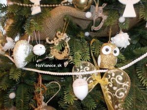 ako vyzdobiť 3d vianočný stromček