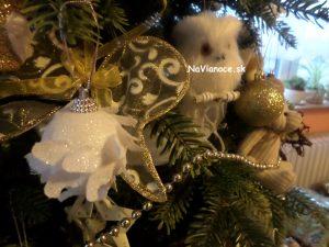 moderné vianoce a ozdoby