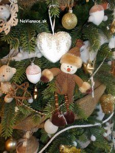 ozdoby vianočného stromčeka na Vianoce