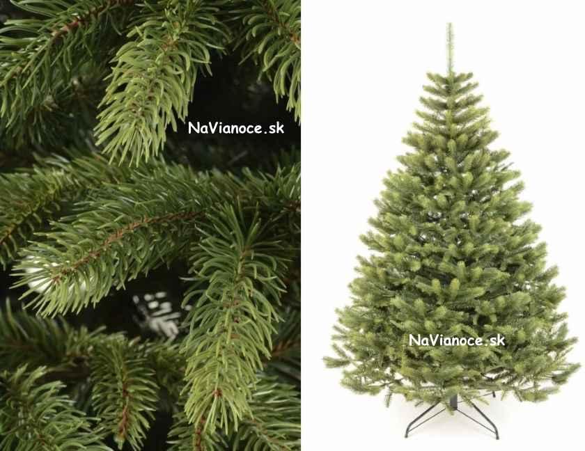 ihličie na vianočnom stromčeku poohýbané do hora