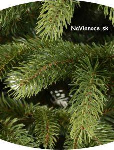 detail vianočného stromčeka 3d