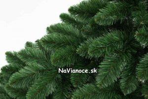 umelé borovicové stromčeky